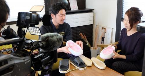 RNC西日本放送番組「ルック」の収録のため鴨居アナ来院。